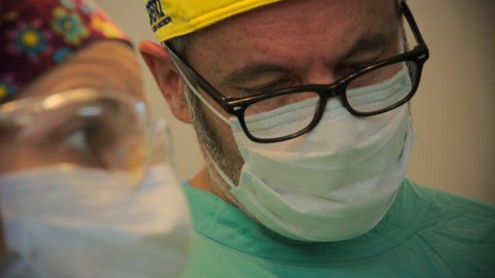 Veinte médicos en uno…