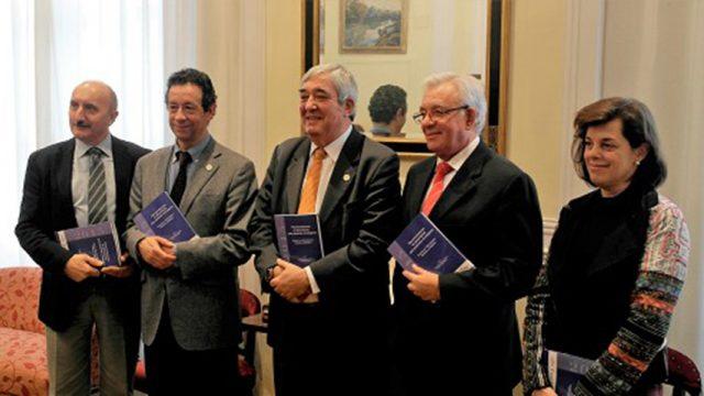 """Presentación del libro y documento de consenso """"Recomendaciones de alimentación para pacientes oncológicos"""""""